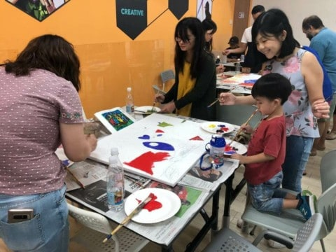art jamming with family